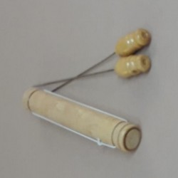 Recogedor de puntilla 2003